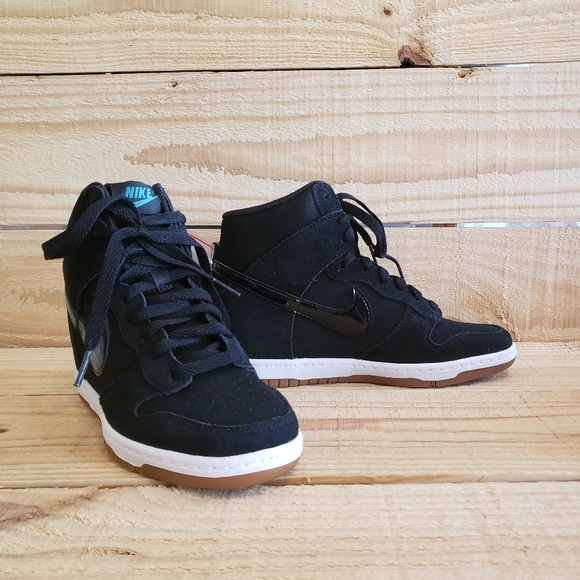 cheap for discount 3e431 a6bf7 New Nike Dunk Sky Hi Essential 644877-011 Wedge. M 5bd08250fe515159440cfc5f